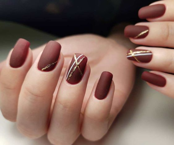 Gorgeous brown nail art design #nailacrylic #nailart #naildesign
