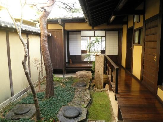 奈良市ならまち格子の家 Naramachi old pristine house