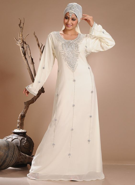 Immaculate Crystals Adorned Georgette Kaftan