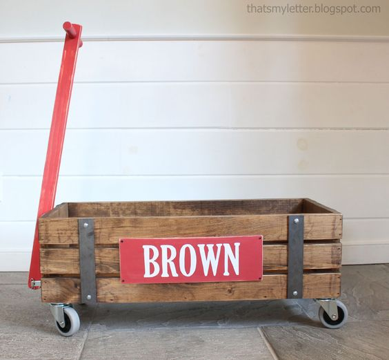 Beautiful wood wagon for children industrial style ana for Industrial diy projects