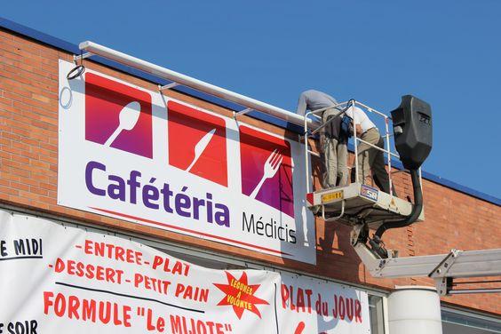 Création du logo et pose de l'enseigne - CAFETERIA MEDICIS - Centre E. Leclerc Galerie Médicis - ALLONNES