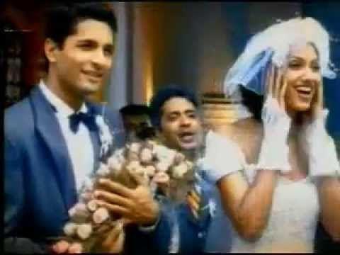 @TITANBEMORE : Famous Titan Commercial Church wedding ••• UN CLASSIQUE D...