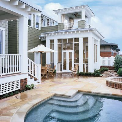 Great patio and backyard