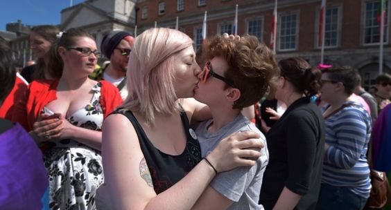 Yet another study shows women are far more likely to identify as bisexual