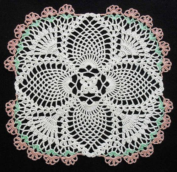 Free Crochet Swan Doily Pattern : Crochet Pineapple Doily Flickr ? Compartilhamento de ...