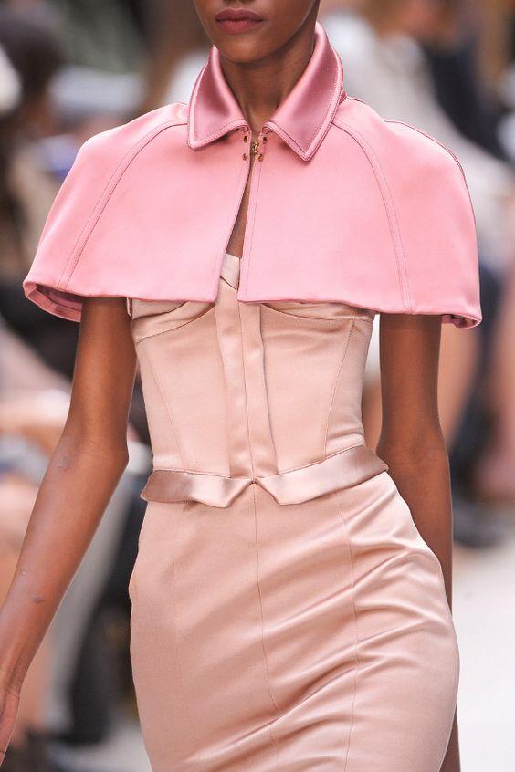 Pink Cape: Fashion Burberry, Fashion Details, Fashion Style, Prorsum Spring, Burberry Prorsum, Pink Fashion, 2013 Details, Spring 2013, Haute Couture
