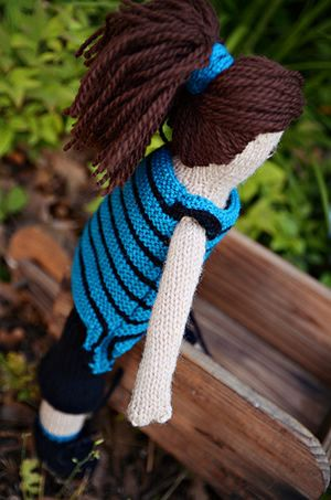 Doll - free knitting pattern Knit DOLLS free patterns ...
