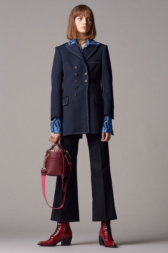 Chloé Pre-Fall 2018 Fashion Show Collection