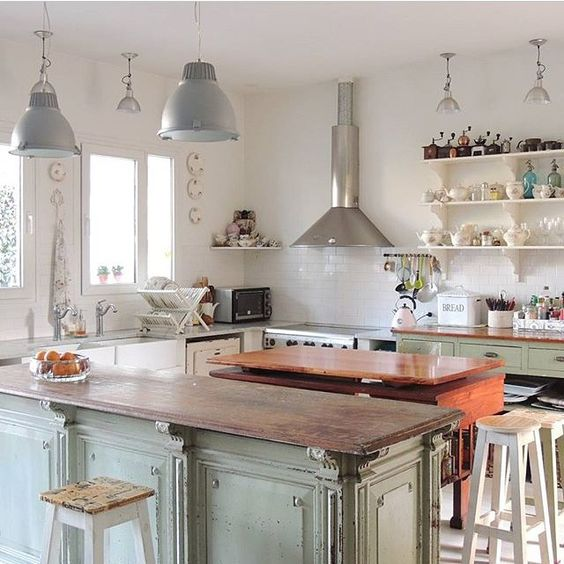 Chang 39 e 3 islands and open kitchens on pinterest for Kitchen ideas no upper cabinets