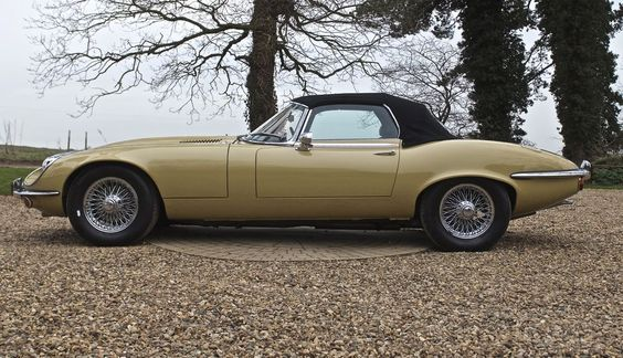 JAGUAR - 1974 Jaguar E-Type Series III V12 Roadster LHD