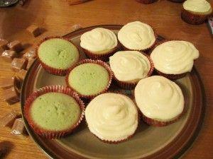 Caramel apple boozy cupcakes yum!