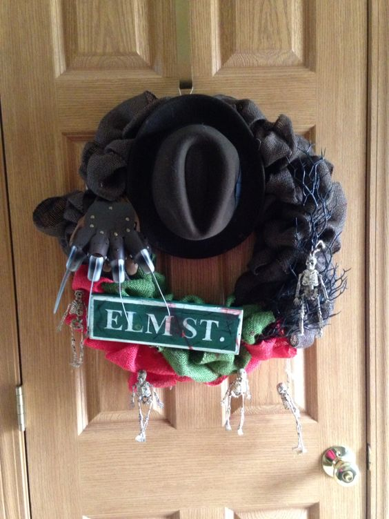 Freddy Kruger themed burlap wreath ~by me~