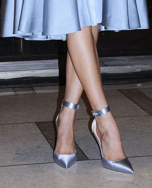 Manolo Blahnik for Zac Posen! Something blue, I'm all for being different..... ♥