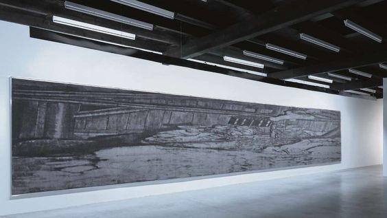 Krippenszene mal anders: Tobias Hantmann bringt großformatige Teppiche an die Wände.