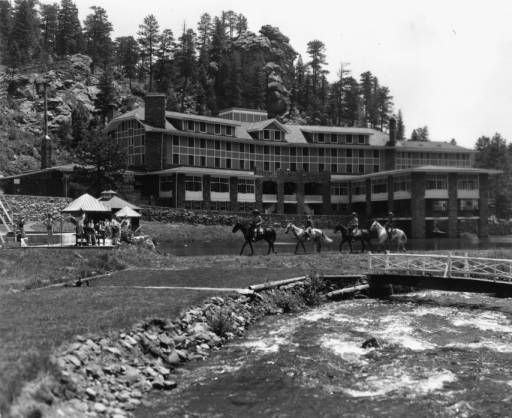 Exterior And Horseback Riders Troutdale Hotel 1937 Evergreen Colorado Vintage Image S Pinterest Hotels Ps Park