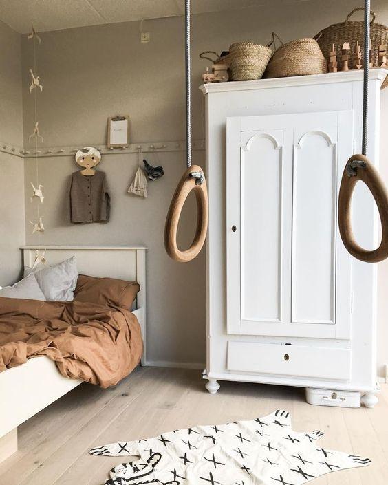 Modest DIY Interior Designs