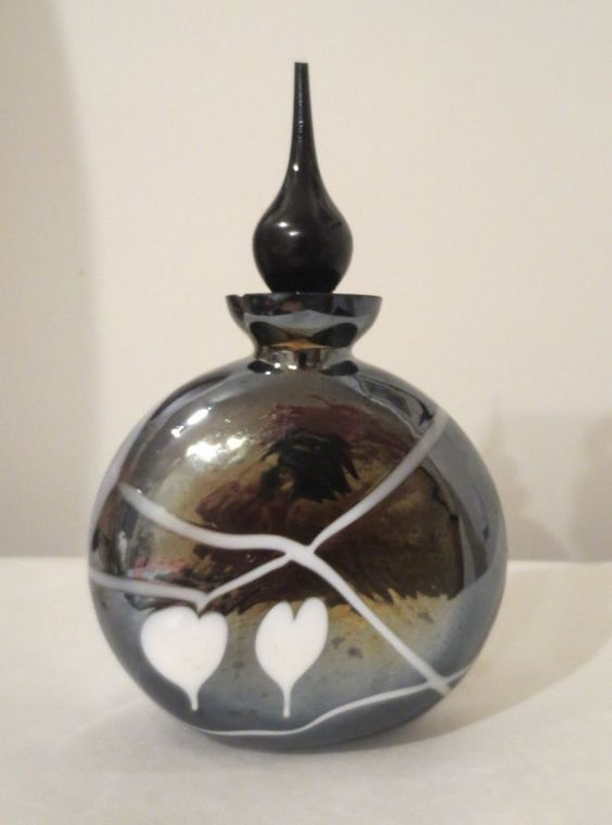 VINTAGE PERFUME BOTTLE FENTON ART CARNIVAL GLASS black//white EINHOLDT DESIGN