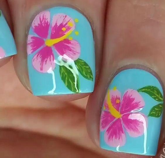 Base azul... Y flor hawaiana...