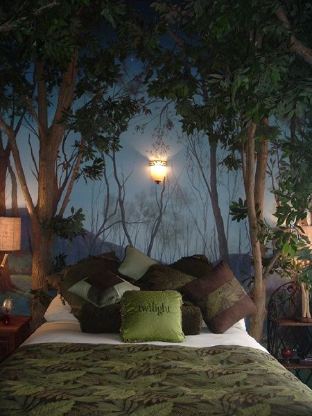Tree wall mural, great! Twilight pillow-ugh!: