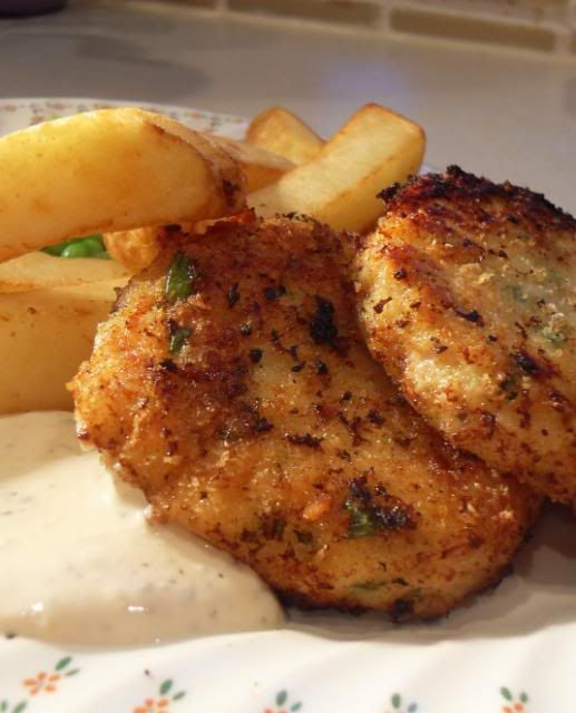 The english kitchen cod fish cakes and tartar sauce this for Sauce for cod fish