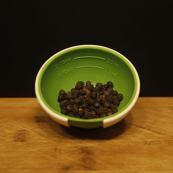 Echa una pizca de pimienta negra en tu lavadora y maravíllate con lo que esta…