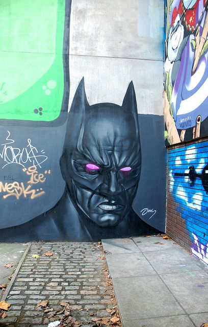 I like this batman public art piece. Its looks interesting with the pinkish eyes.: