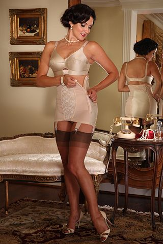 Grannies In Girdles And Stockings Videos 41