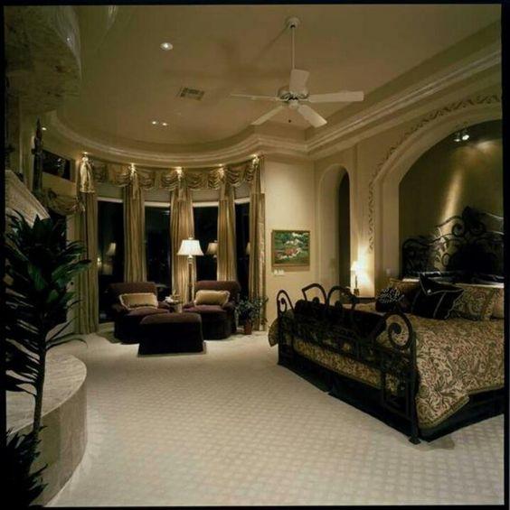 Elegant Master Bedroom: