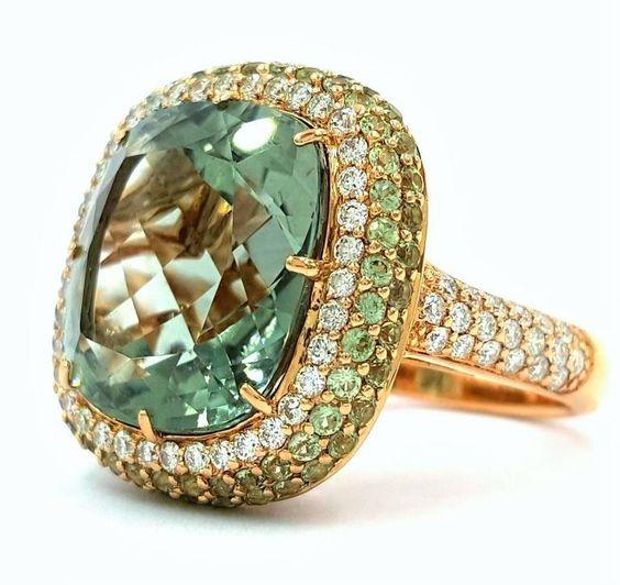 14 Carat Gorgeous Kunzite Diamond Gold Ring