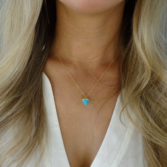 Love this tiny little turquoise spike necklace <3