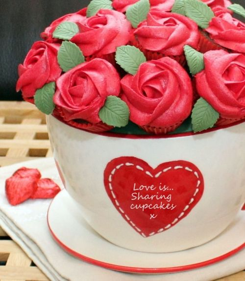 süße Ideen zum Valentinstag cupcake bouquet strauß rosen