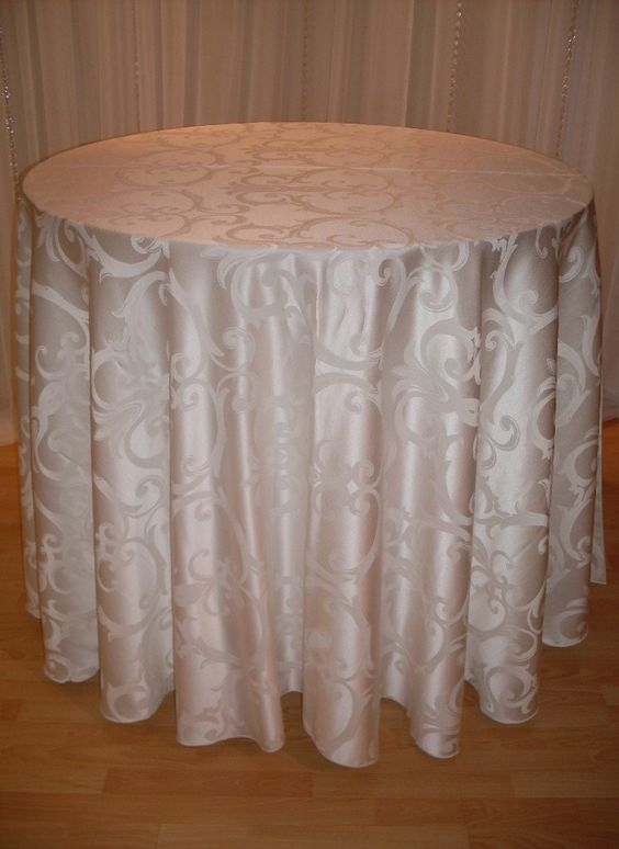 Pearl Swirl #linen #ivory #pattern #chairdecor #linenfactory #event #finelinen #tabledecor