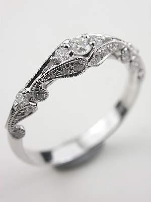 Mit dem Ring wird das Brautoutfit auf einer Vintagehochzeit perfekt. Lust darauf mit Schmuck Geld zu verdienen? www.silandu.de