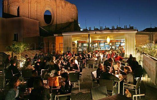 De Madrid al cielo: una selección de las azoteas más interesantes de la capital - check out - Esquire España: Cafe Lavapies, Of The, Lavapies Madrid