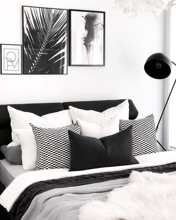 33 Chic And Stylish Bedrooms Dressed In Black And White Black White Bedrooms Bedroom Inspirations Home Bedroom