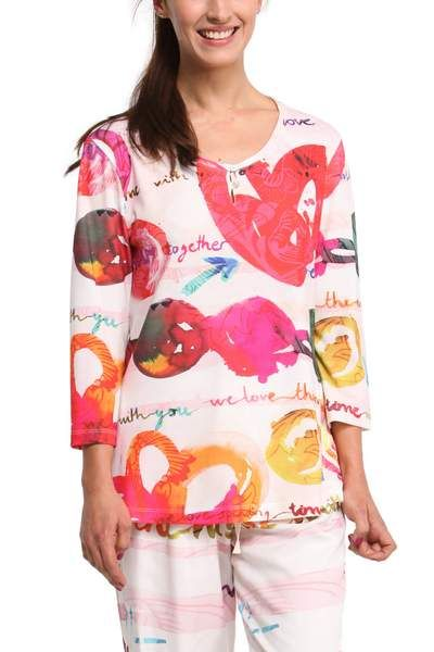 Loveparty winter pajama top. Made in Portugal from flocked cotton, which gives it a soft, warm feel. Combine it with Loveparty pajama bottoms, which are sold separately.