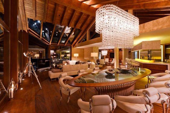 Chalet Zermatt Peak – Perfectness of Six-Star Boutique Chalet in Switzerland: The Beautiful Dining Table In Charlet Zermatt Peak Luxury Boutique