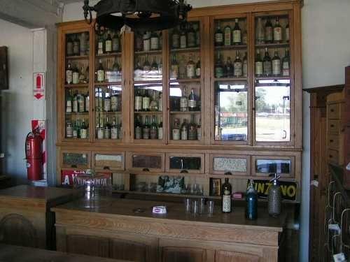 Mueble De Bar De Ramos Generales, 3 Piezas $12,75686 USD Argentina