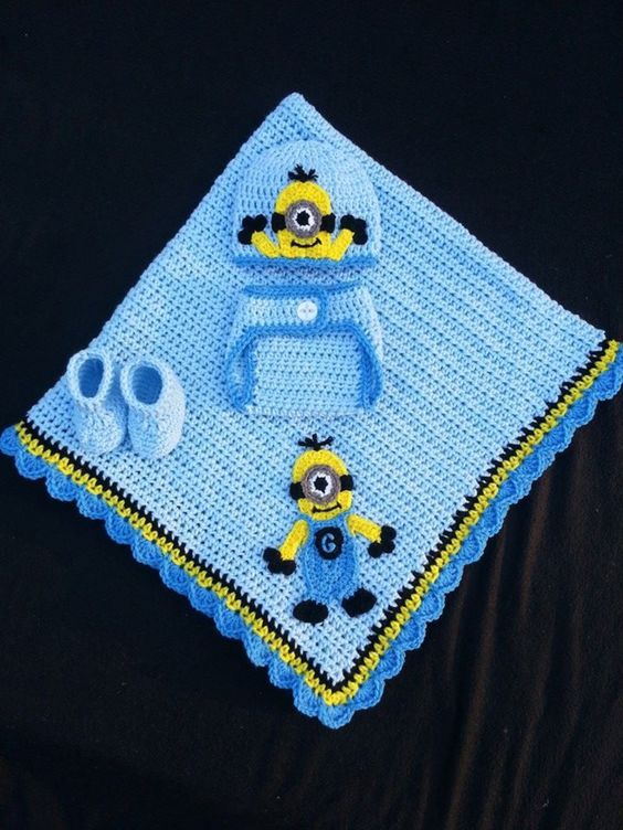 Crochet Minion Baby Set Created by me! My Baby Afghans ...