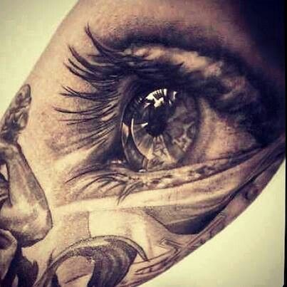 This amazing!! I hope I can tattoo this well eventually as I have a thing for eyes