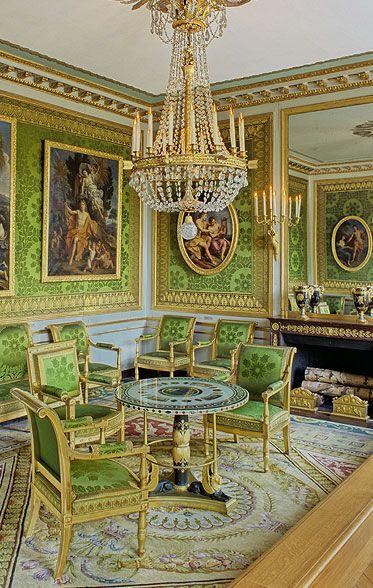 Napoleon had good taste. #GreenAndGold #SicEm // Le Petit Appartement de l'Empereur Napoleon - Château de Versailles