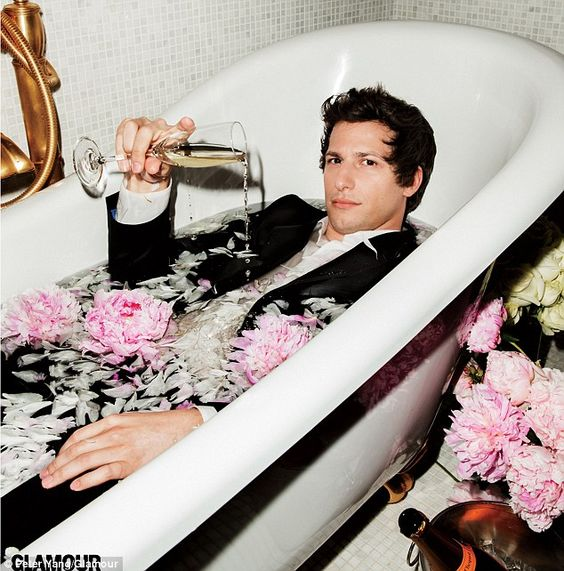 Andy Samberg insists men who call women unfunny are 'f***ing idiots' | Mail Online