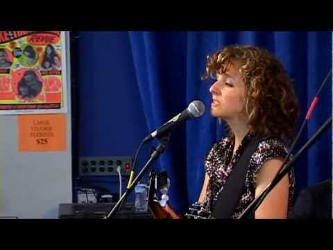 Abigail Washburn - Dreams of Nectar (Live at Amoeba)