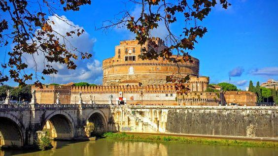Na Janelinha para ver tudo: O Castelo Sant'Angelo e sua ponte com esculturas d...