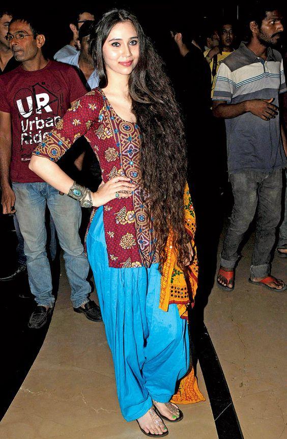Sasha Agha at the Mahurat of 'Desi Kattey'