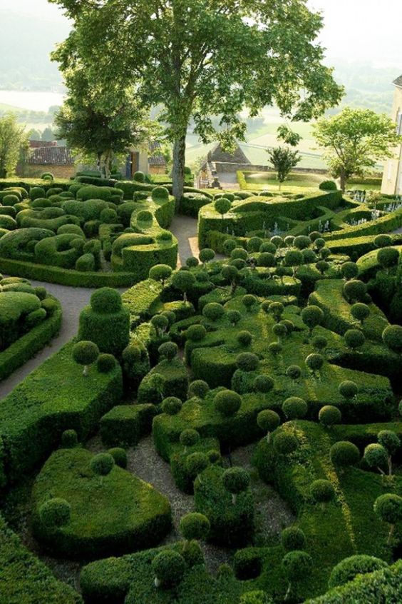 The Château de Marqueyssac is a 17th century chateau and gardens located at Vézac, in the Dordogne Department/Aquitaine region of France.