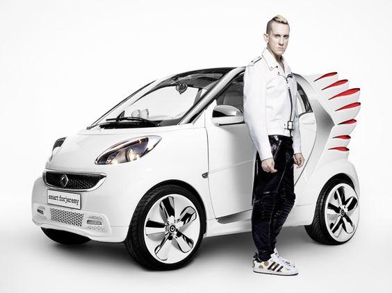 Modeschöpfer Jeremy Scott verleiht dem smart Flügel