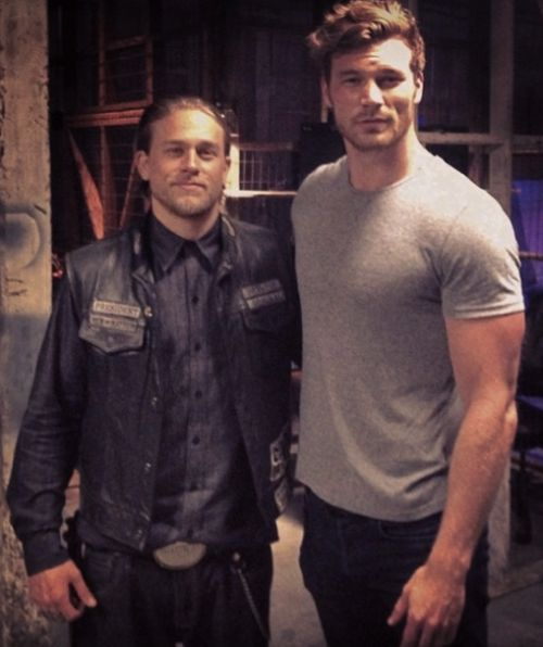 Charlie Hunnam and Derek Theler