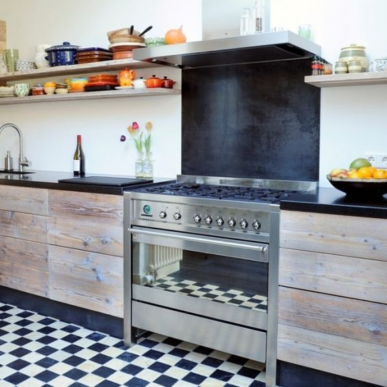 Rvs fornuis afzuigkap leuk om achterwand fornuis zwart wit te keuken pinterest rvs - Hoe een keuken te verlichten ...