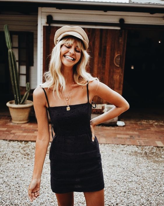 Curated by TRAVELLERS' ROBE www.travellersrobe.com - summer fashion / outfit inspo